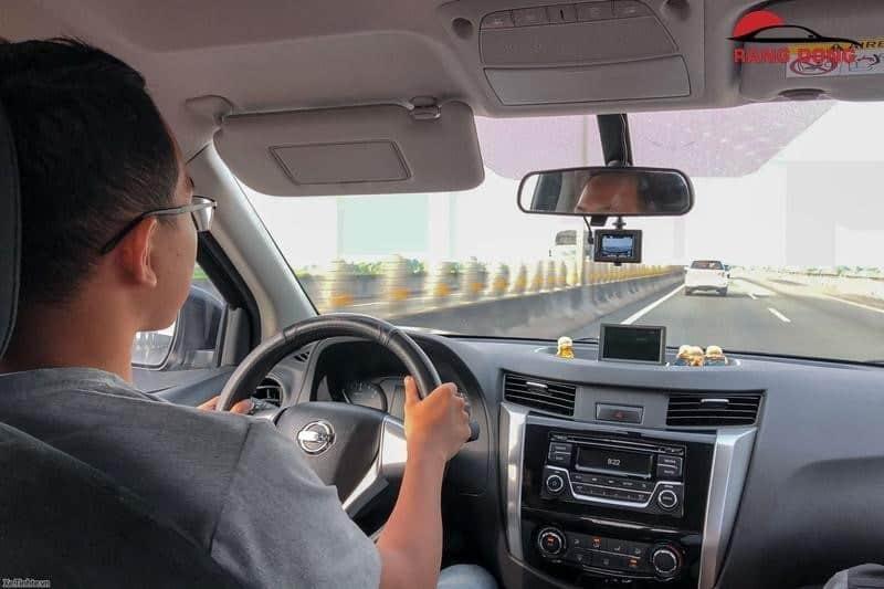 Thuê xe tự lái không cần hộ khẩu