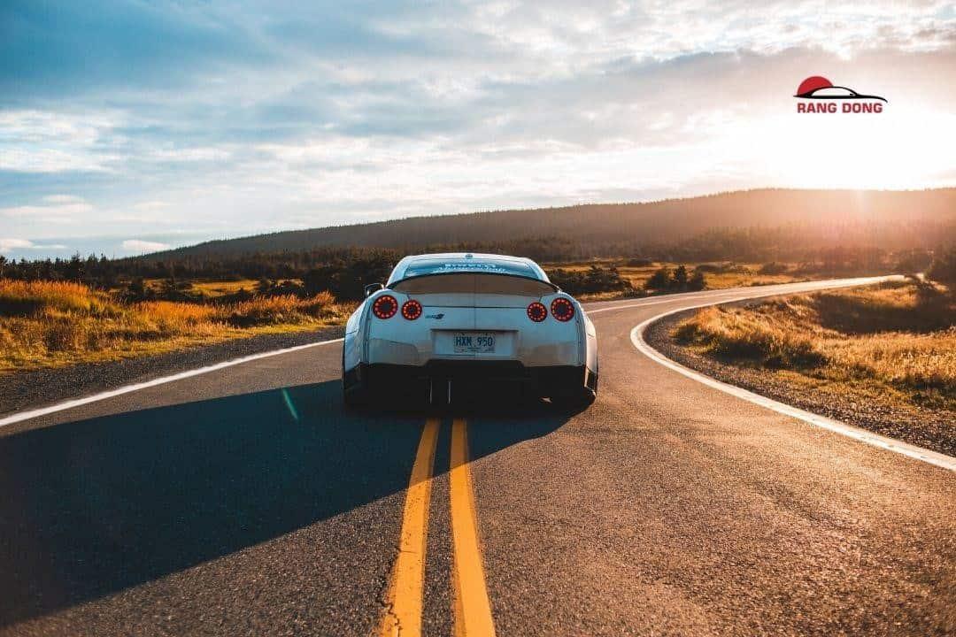 thuê xe tháng tự lái