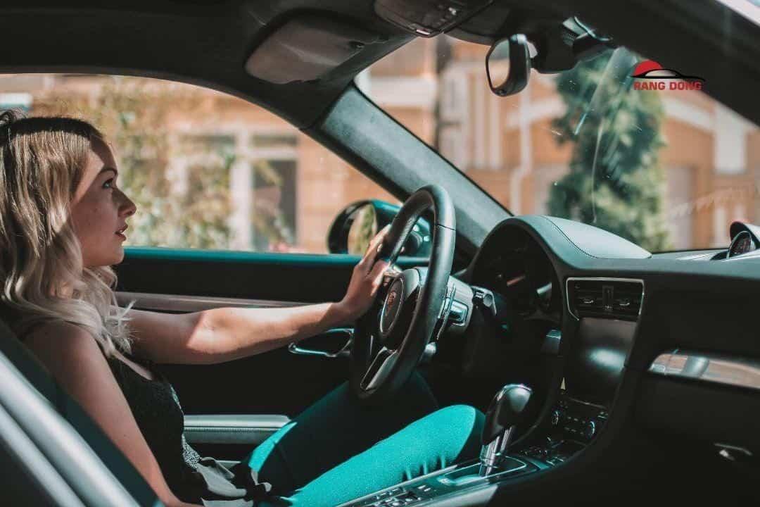 Giá cho thuê xe tự lái Bình Thạnh