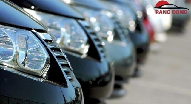 Các bạn có thể thuê xe tự lái hoặc xe theo hợp đồng đi mũi né