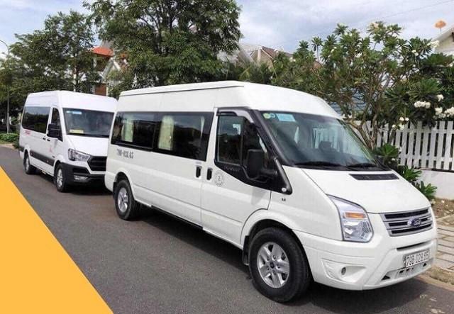 Để đến KCN Tân Tạo, khách hàng có thể thuê xe tự lái hoặc có người lái.