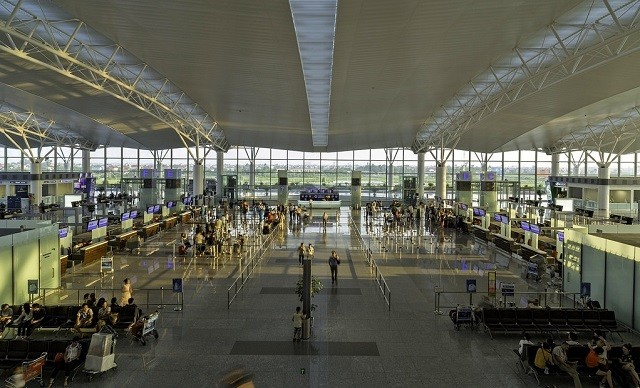 Khung cảnh bên trong của cảng hàng không quốc tế Nội Bài