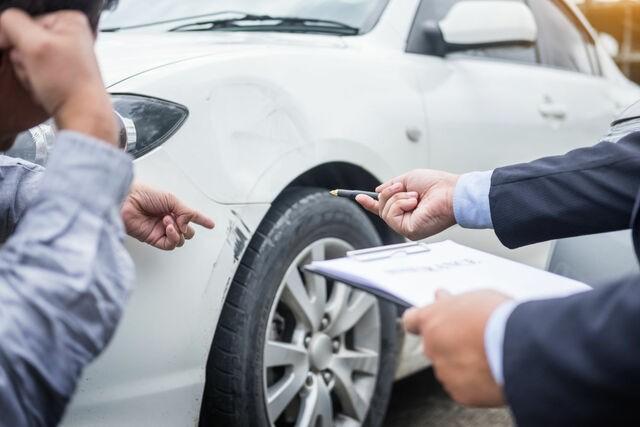 Kiểm tra xe kỹ càng trước khi tiến hành nhận xe