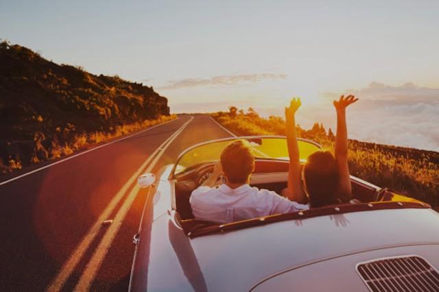 Tham khảo về cách tính giá. Chẳng hạn như giá thuê xe sẽ được tính theo từng chuyến, theo giờ theo ngày hay theo km.