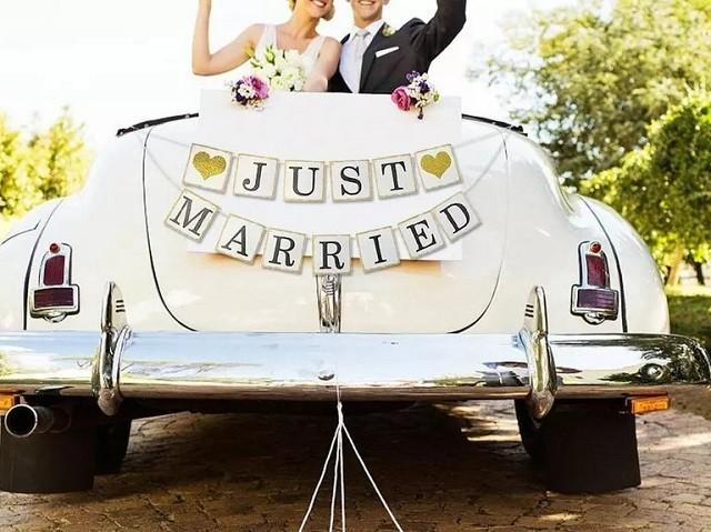 Từ cách trang trí xe hoa đám cưới cho đến các dịch vụ thuê xe chất lượng, tất cả cần được đảm bảo để mọi thứ có thể diễn ra suôn sẻ.